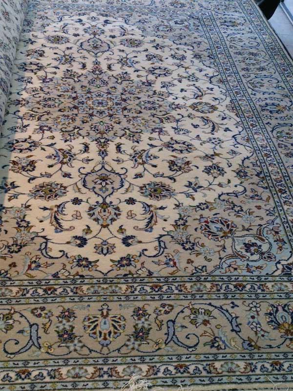 قیمت فرش کاشان دستباف